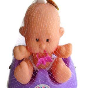 בובת תינוק בסיר